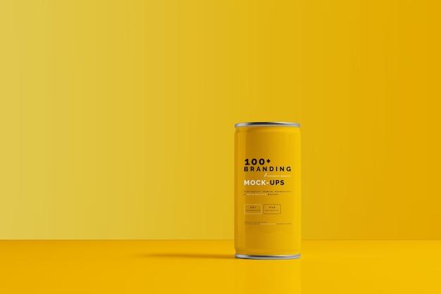 Close-up na embalagem do modelo de lata de refrigerante