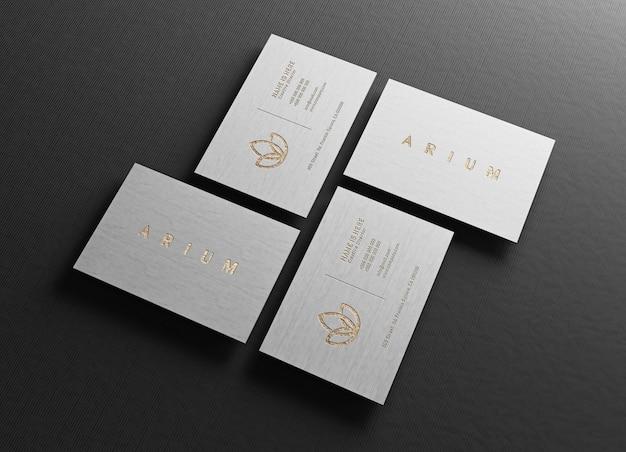 Close-up na maquete de cartão de visita de luxo