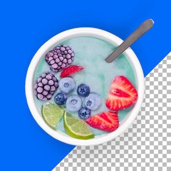 Close-up para ver o suco de frutas da baga com fatias de morango e limão