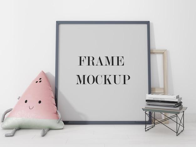 Close up view frame encostado na parede