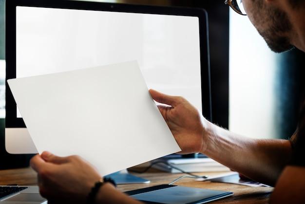 Closeup, de, mãos, mostrando, paisagem, vista, foto