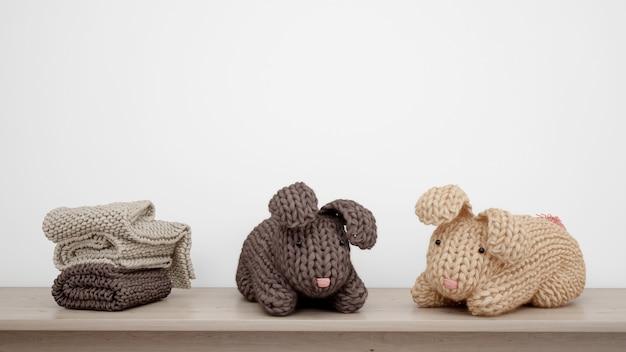 Coelhinhos e toalhas de pelúcia