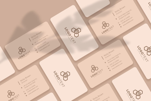 Colagem de cartões de visita mockup cor bege design