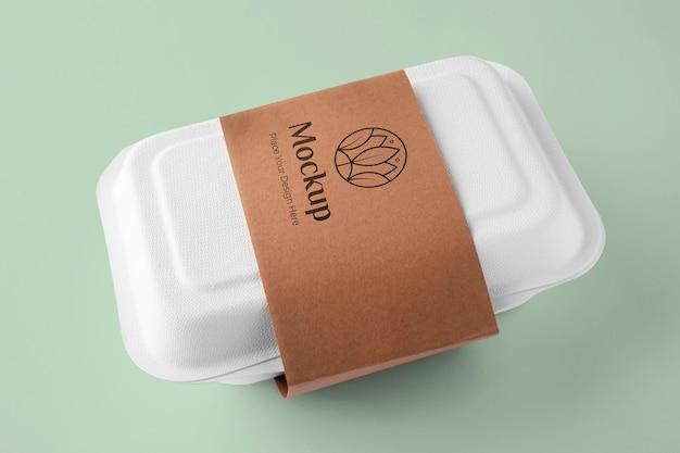 Comida vegana em uma variedade de embalagens mock-up