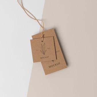 Composição da etiqueta de papelão mock-up