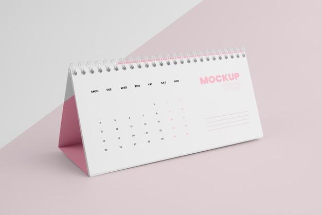 Composição de calendário de mock-up minimalista