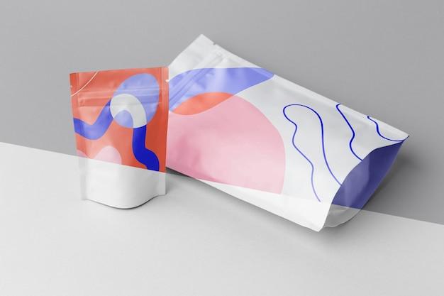 Composição de maquete colorida doypack