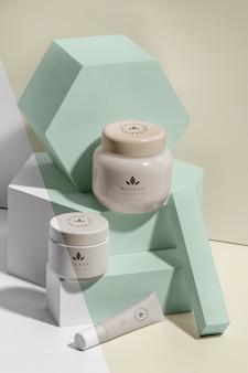 Composição de maquetes de cosméticos para marcas de beleza
