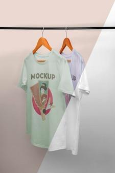 Composição de mock-up de camiseta japonesa de vista frontal