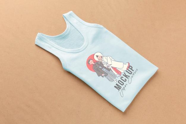 Composição de mock-up de t-shirt japonesa de ângulo alto Psd grátis