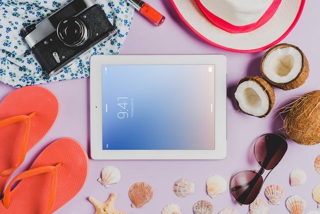 Composição de verão com tablet