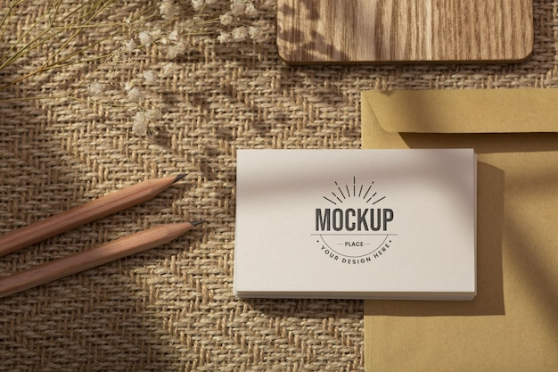 Composição mínima de mock-up de papelaria