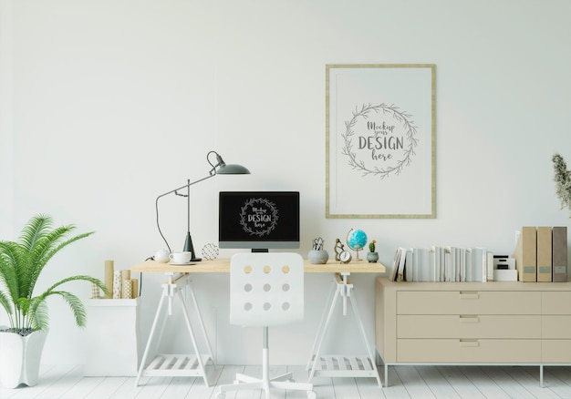 Computador na mesa na maquete do espaço de trabalho