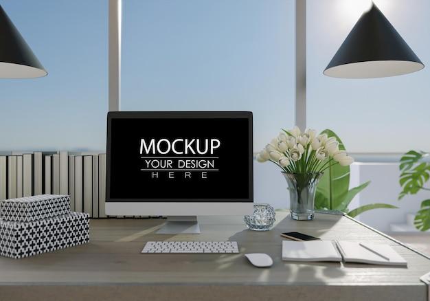 Computador na mesa no espaço de trabalho mockup