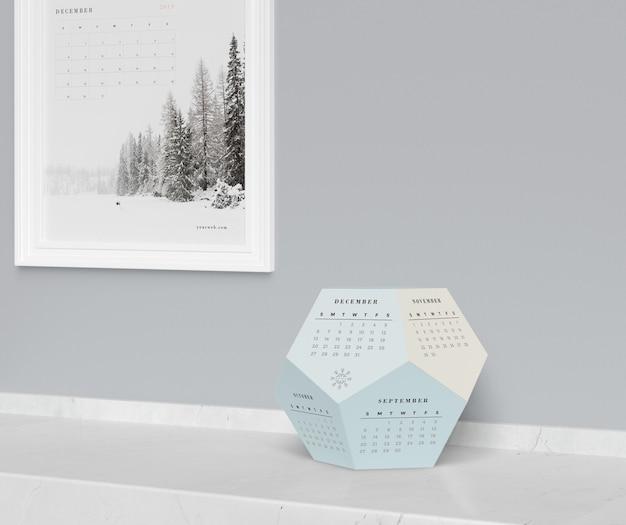Conceito de calendário hexagonal de mock-up