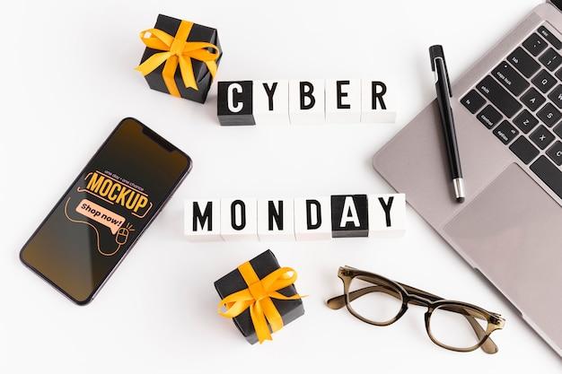 Conceito de cyber segunda-feira com maquete
