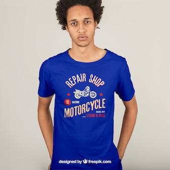 Conceito de impressão de camiseta