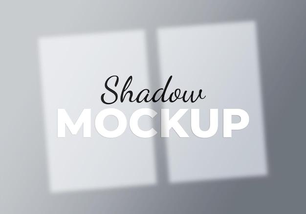 Conceito de luz de maquete de sombra de janela de fundo abstrato em uma parede branca
