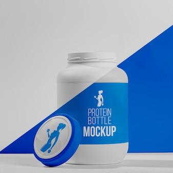 Conceito de maquete de ginástica de pó de proteína azul