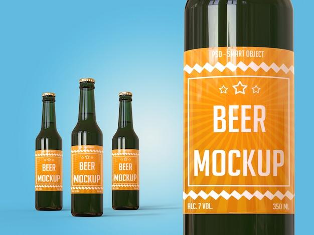 Conceito de marca de maquete, garrafas de cerveja com etiqueta