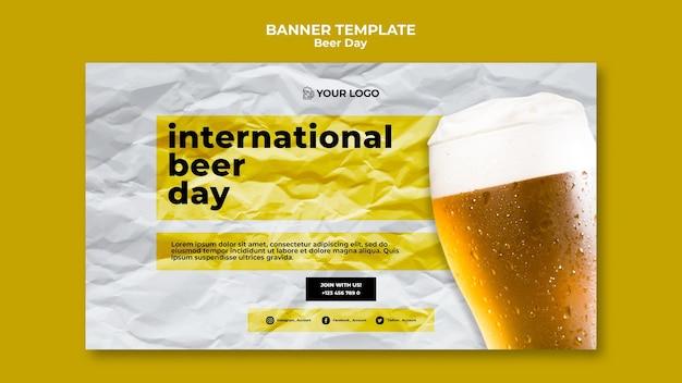 Conceito de modelo de banner de dia de cerveja