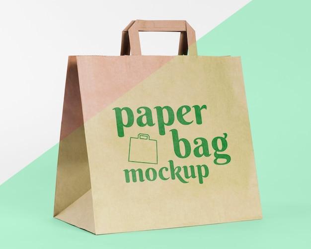 Conceito de saco de papel com maquete
