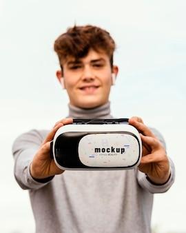 Conceito de tecnologia com maquete de óculos vr