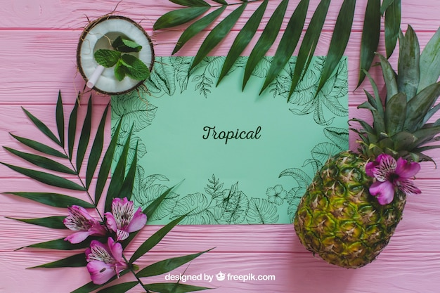 Conceito de verão tropical com abacaxi