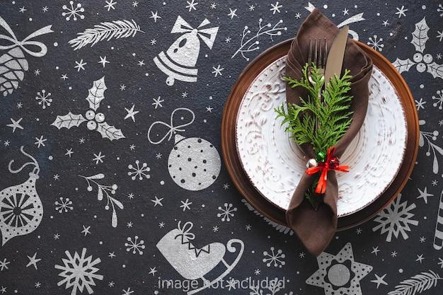 Configuração de mesa de natal. maquete de fundo de natal festivo.