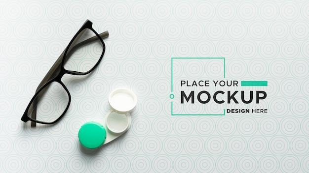 Configuração plana da maquete de óculos transparentes