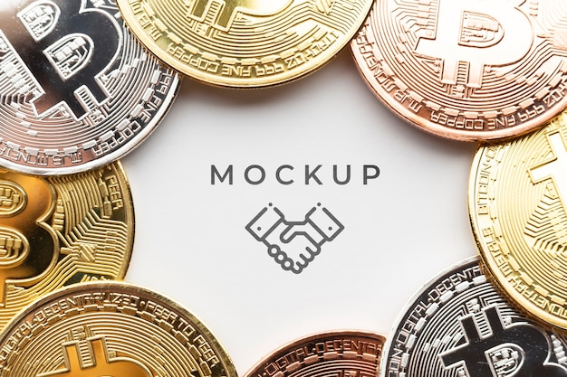Conjunto de close-up de bitcoins com mock-up