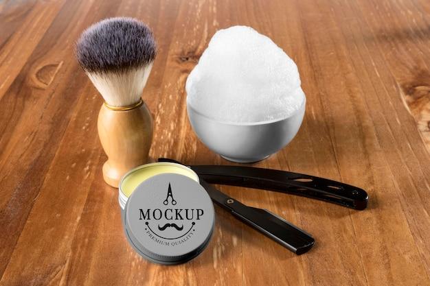 Conjunto de cuidados para a barba de alto ângulo com espuma de barbear e escova