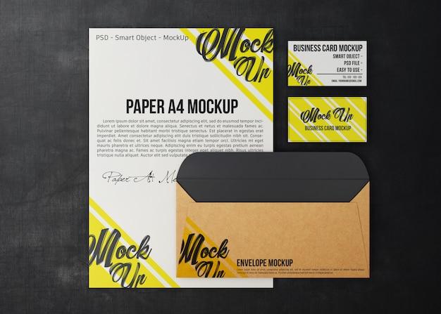 Conjunto de negócios mínimo de maquete de artigos de papelaria, papel, envelope e cartão de visita
