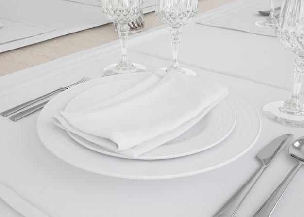 Conjunto de pratos e toalhas de mesa