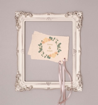 Convite de casamento de papelaria com moldura