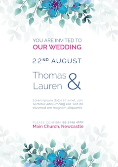 Convite de casamento lindo com modelo de flores azuis