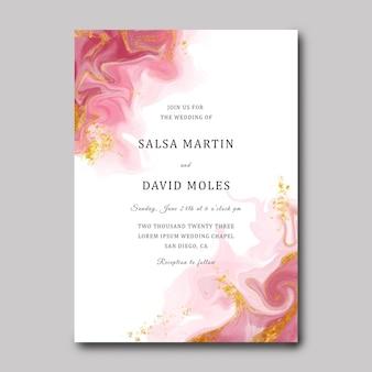 Convites de casamento com pincel de fundo aquarela e dourado