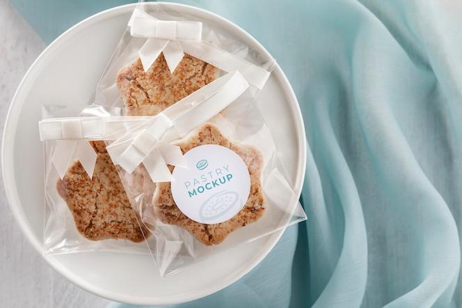 Cookies em embalagem transparente