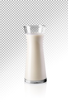 Copo transparente realista de leite isolado