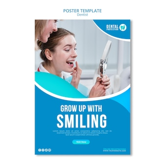 Cresça com o modelo de cartaz sorridente