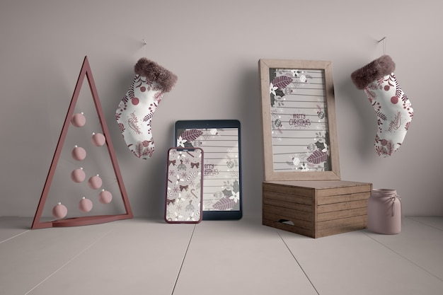 Decorações e dispositivos modernos para o natal