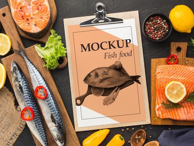 Delicioso arranjo de comida de peixe plano