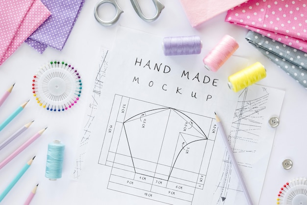 Desenho de desenho costurado à mão