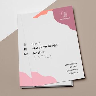 Desenho plano de designs de cartão de visita com braille