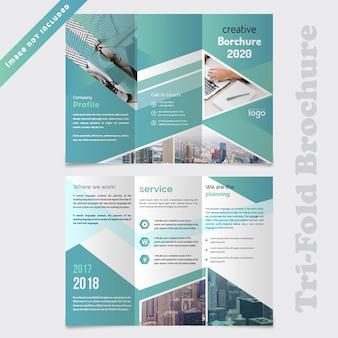 Design de brochura com três dobras abstrata de negócios