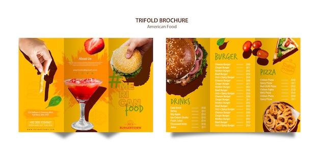 Design de brochura com três dobras de comida americana