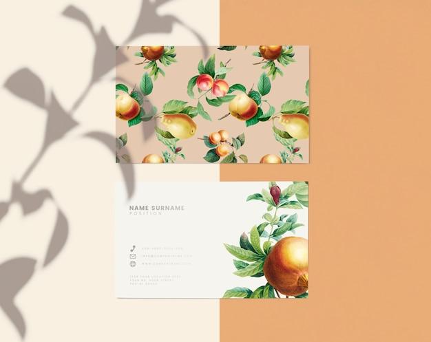 Design de cartão de nome floral