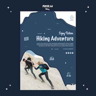 Design de cartaz de aventura de caminhadas