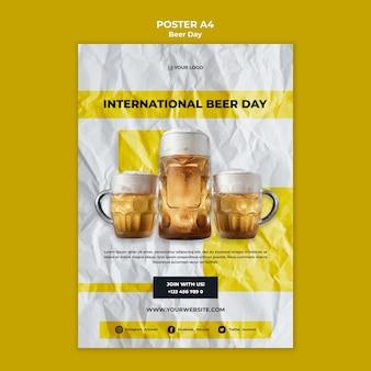 Design de cartaz do dia de cerveja