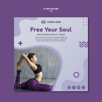 Design de folheto quadrado de conceito de ioga